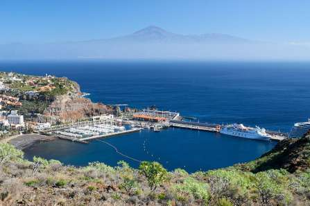 La Gomera Marina with Teide in the background