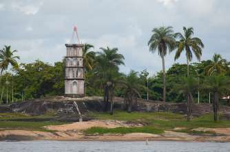 The Dreyfuss Tower at the entrance to Kourou
