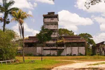 The Marienburg rum factory